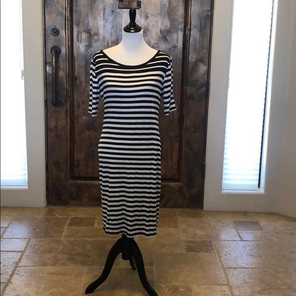 LuLaRoe Dresses & Skirts - LuLaroe striped dress